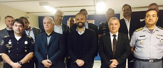Prefeito Bruno Covas junto com o Secretário de Segurança José Roberto e demais autoridades visitam o Comando Geral da GCM