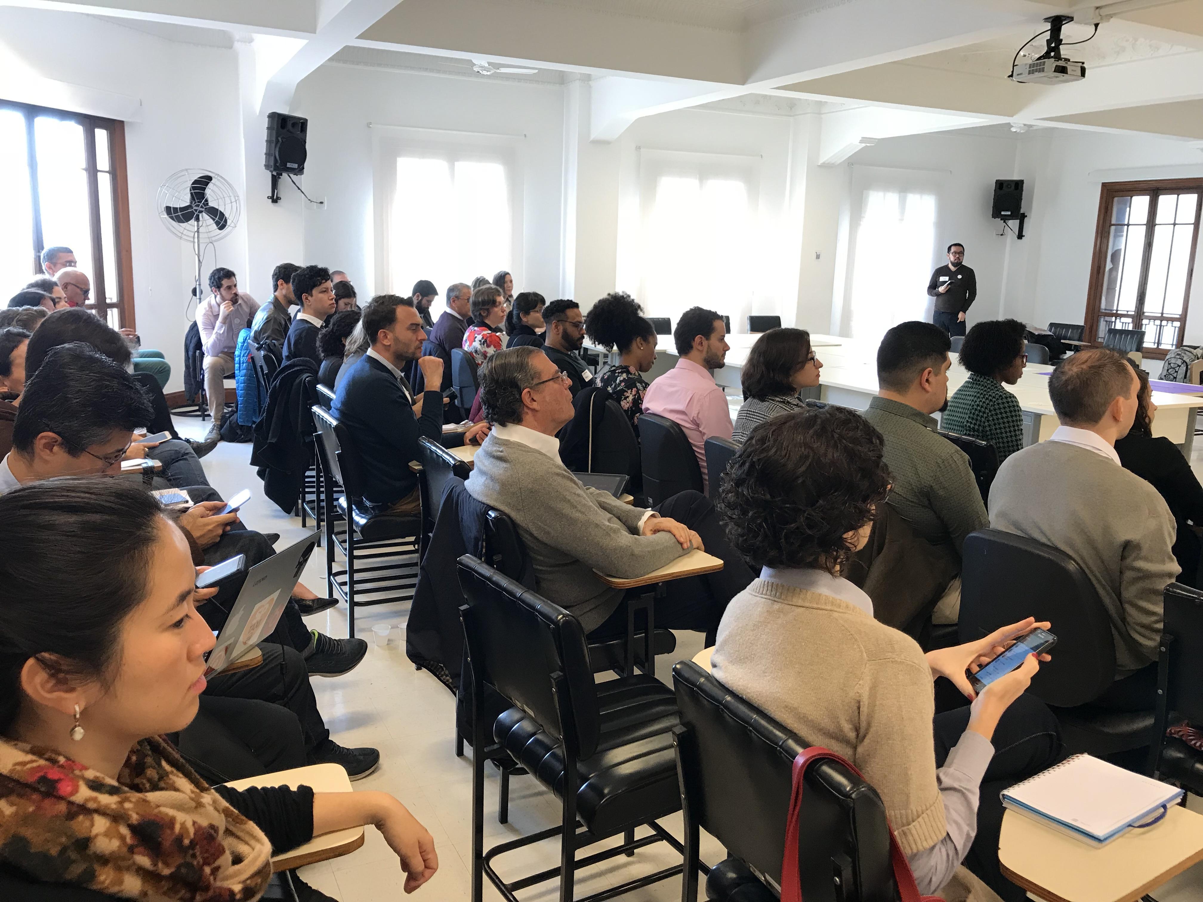 público no evento de elaboração do novo Plano Municipal de Governo Aberto de São Paulo